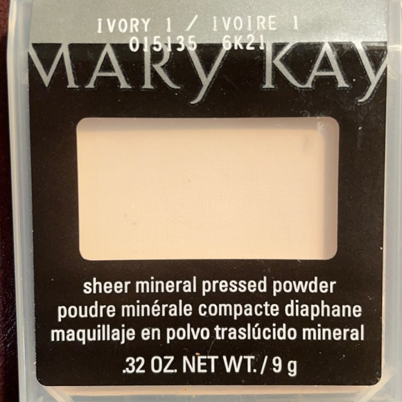 Mary Kay Ivory 1 Sheer Mineral Pressed Powder